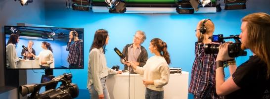 Lehrveranstaltung Grundlagen des TV-Journalismus © Universität Freiburg - Baschi Bender